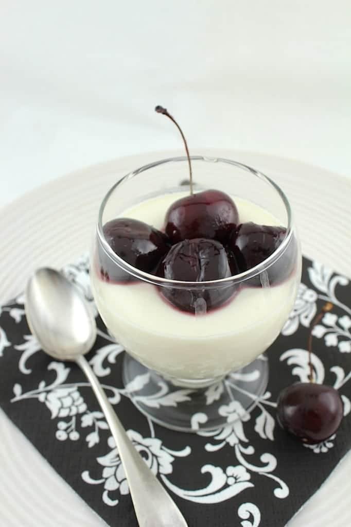 Vanilla Rum Panna Cotta