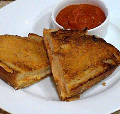 Sunday Suppers (Monday Edition): Grilled Cheese and Tomato Soup Sandwiches