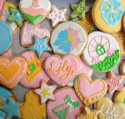 Decorated Shortbread  Cookies for Lily | Bake a Difference with #OXOGoodCookie