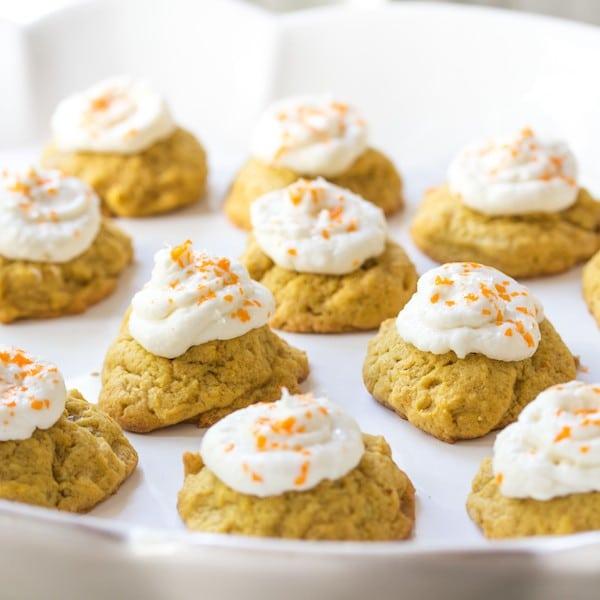 Pumpkin-cookies-cream-cheese-icing-600