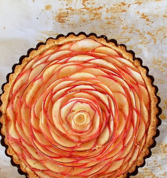 whole tart with apple slice rose treatment