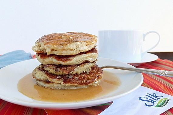 vegan vanilla chai pancakes