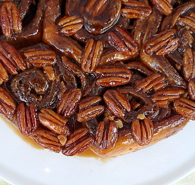 Coffee Pecan Porter Sticky Buns | Paderno Giveaway