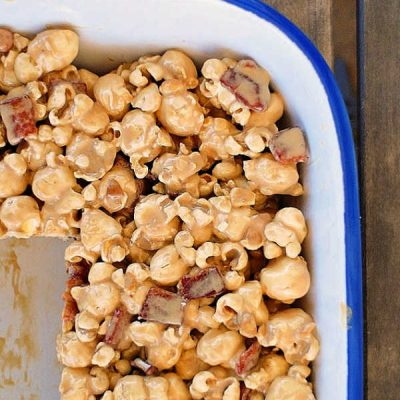 Breakfast Popcorn Treats | Maple Bacon Popcorn Goodness