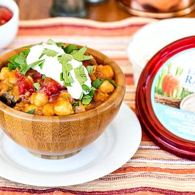 Easy Spicy Vegan Chickpea Chilli featuring Sabra