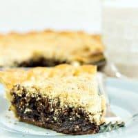 Classic Shoo Fly Pie | #tbtfood