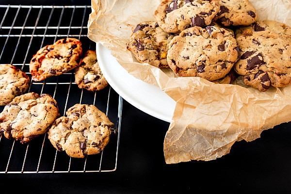 These Bourbon Honeycomb Chocolate Chunk Cookies are decadent and delicious. They may be the last chocolate chip cookie recipe you will ever need! Enjoy!   pastrychefonline.com