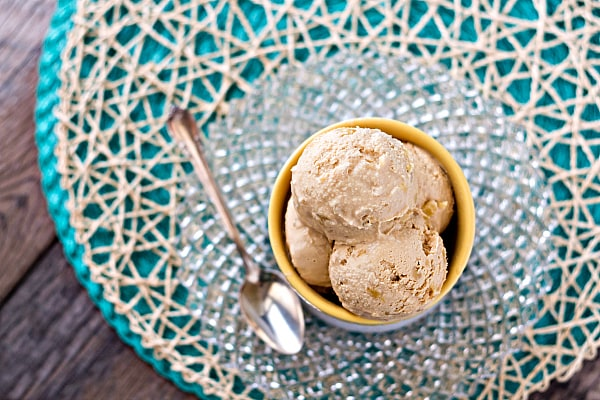 Hold the presses! Smoked Caramel Pineapple Ice Cream is not only a no-churn ice cream, but you can make it, at least partly, on your grill! That makes this smoked caramel pineapple ice cream recipe perfect for a grilling party! #ProgressiveEats | pastrychefonline.com