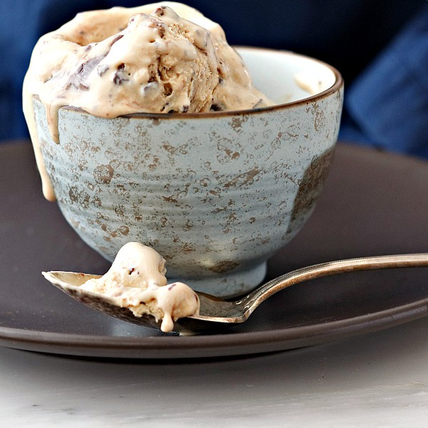 Salted Caramel Turtle Fudge Swirl Ice Cream not only is rich and delicious, but it's also no-churn. I promise, you can make almost any flavor ice cream in a no-churn version. Everybody wins! | pastrychefonline.com