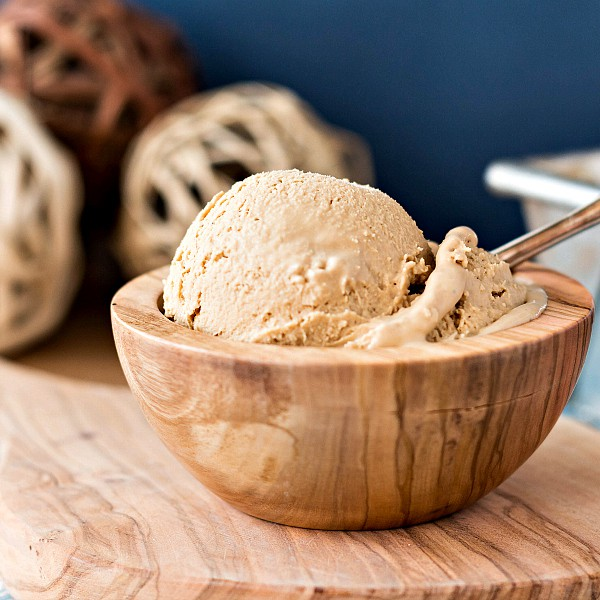 a Organic Caramel Vanilla Ice Cream Recipe-4