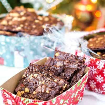 Peppermint Brownie Brittle Recipe | Crispy Brownie Bark