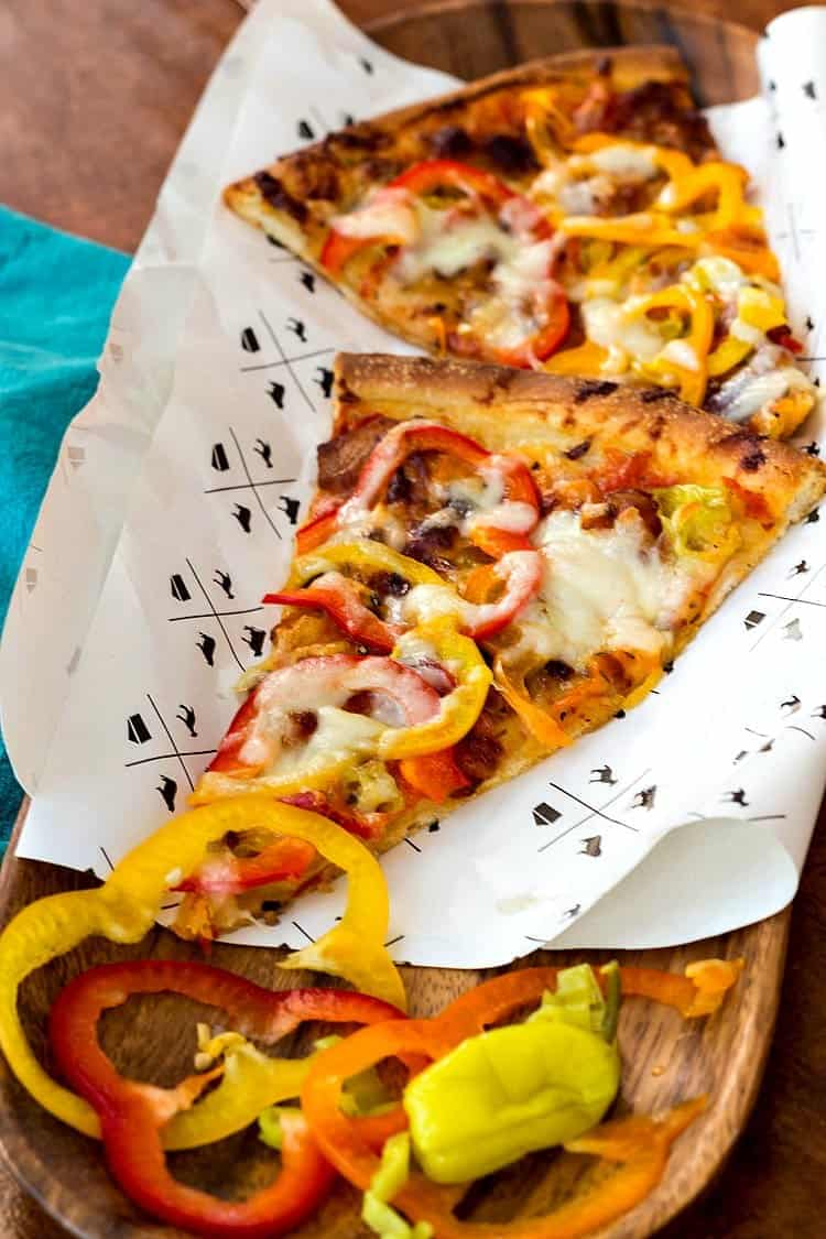 I made this bacon and pickled pepper pizza using some #oxopizza treats from my friends at OXO. Great pizza, and great pickled peppers. Enjoy! #ad | pastrychefonline.com
