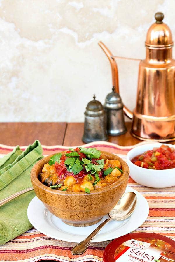 Easy Spicy Vegan Chickpea Chili