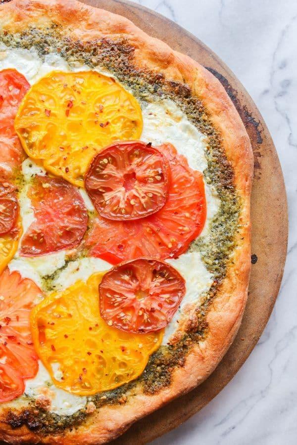 Heirloom Tomato Pesto Pizza