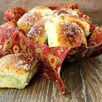 The Best Rolls for Thanksgiving (Garlic Parmesan Pull Apart Rolls)