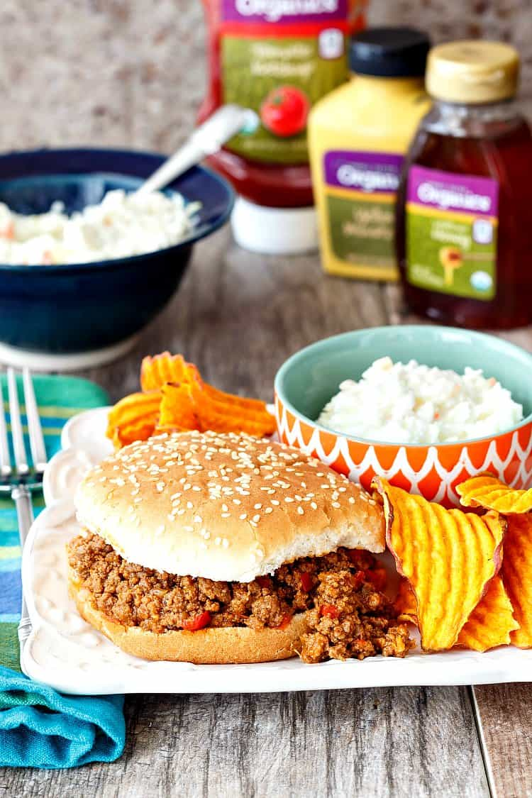 #sponsored This easy sloppy joe recipe features many wonderful organic products from Harris Teeter's HT Organics line. While you may think eating organic foods might be expensive, and can be done within your budget. In this post, I show you how to get 2 meals for 4 on the table for right around $20. Hard to beat budget-friendly organic! | pastrychefonline.com