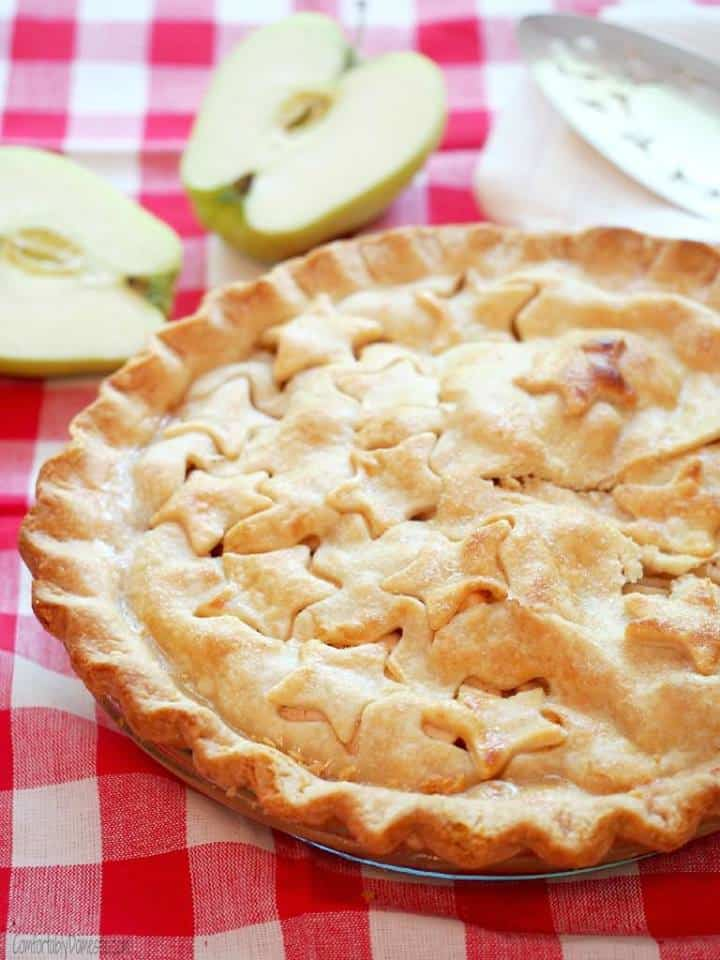 apple pie with star cut outs