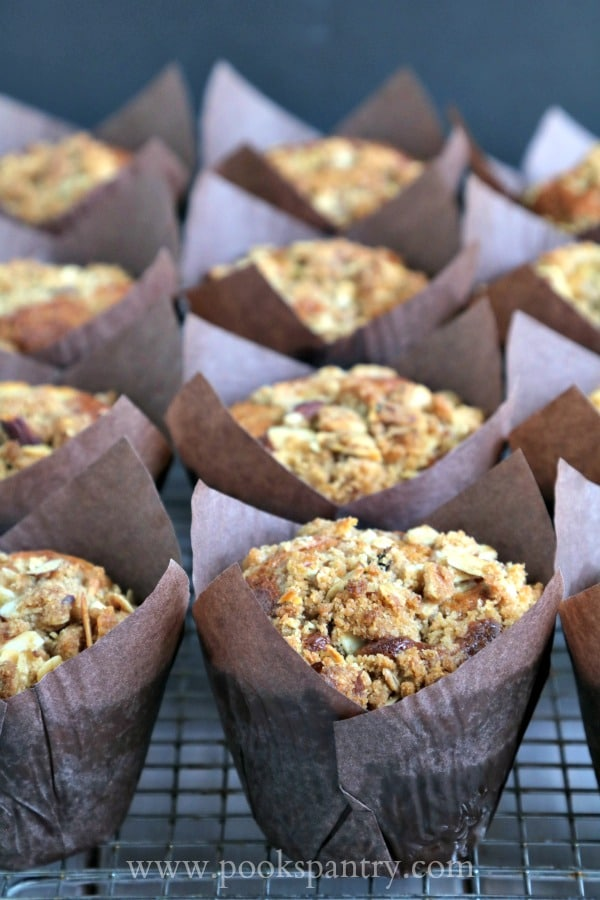 Banana Muffins with Cinnamon Streusel | Pook's Pantry Recipe Blog