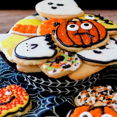 Easy Decorated Halloween Shortbread Cookies
