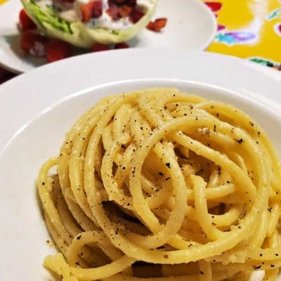 Comforting Noodles: An Easy Take on Cacio e Pepe
